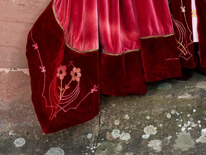 Renaissance Kostuem FI 4 Fiametta, die edle Dame in rotem Samt renaissance mode mittelalter barock rokoko kostÃ